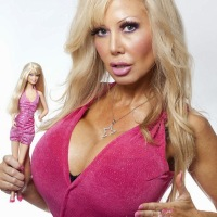 UNBELIEVABLE! Meet THE Foolish Woman Who Got Hypnotherapy To Make Her 'Brainless & Stupid Like Barbie