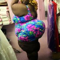'Men Love My Big Bum Bum'; Says Woman With The World's Biggest Bum-Bum: 7-Feet Wide