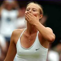 SHOCKER: Tennis Suprestar Maria Sharapove Goes Out Playing Without Panties And Completely Exposes Herself(PHOTOS)